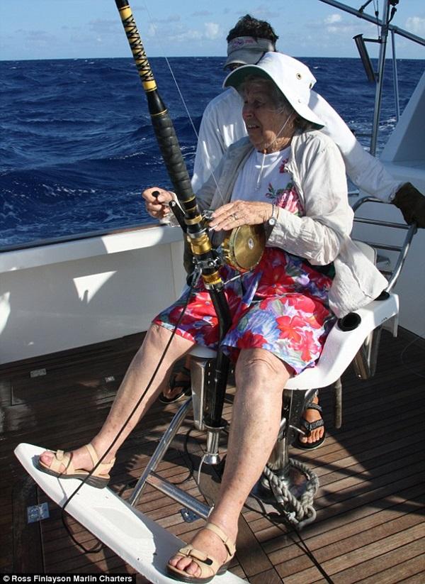 Hobbies of old Age people (10)