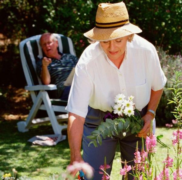 Hobbies of old Age people (6)