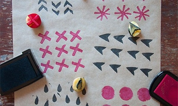 25 DIY Wrapping Paper Ideas for Gifts 3