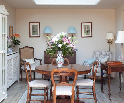 40 Creative Dining Table Decoration Ideas  (24)
