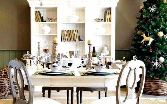 40 Creative Dining Table Decoration Ideas  (31)
