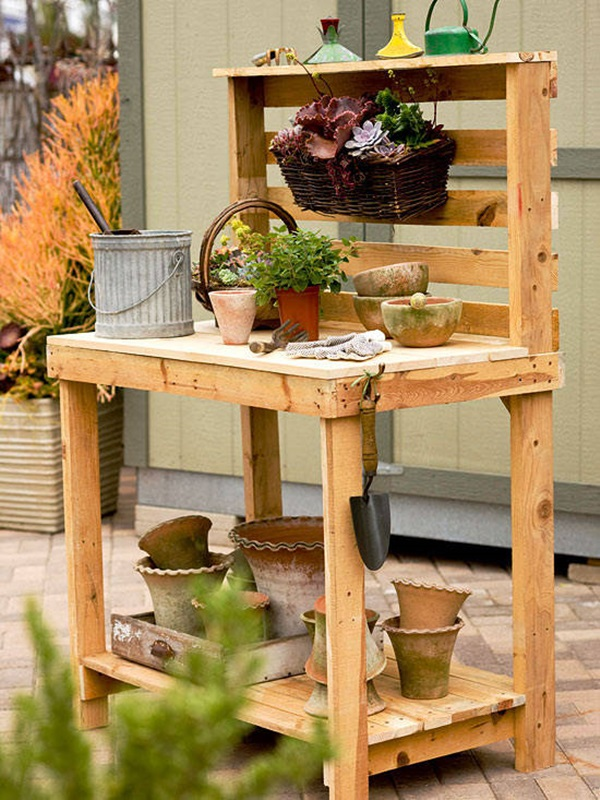 40 Ways to Make use of Old Pallets 1