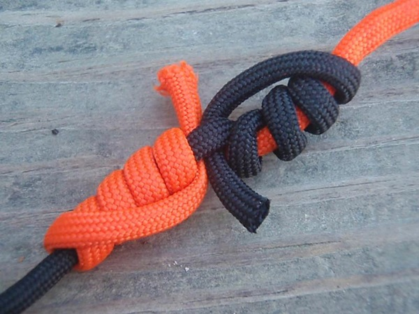 30 Different Rope Knot Ideas 19