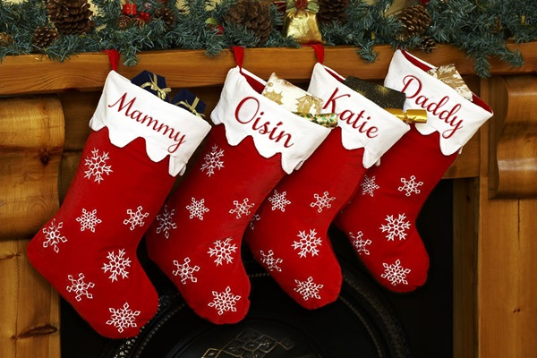 5 Beautiful Ideas for Christmas Stocking Feature Image