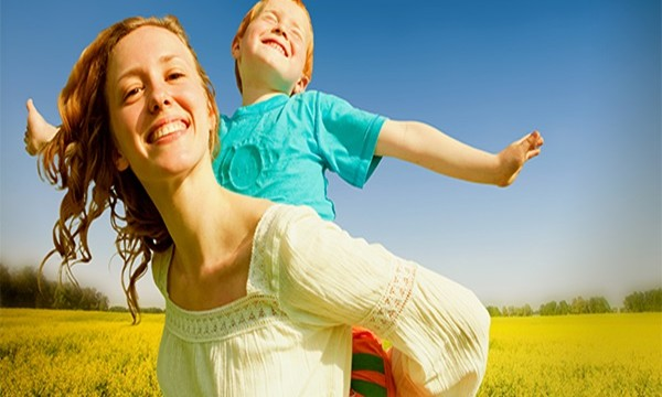 10 Essential Hobbies for a Succesful Mother Feature Image