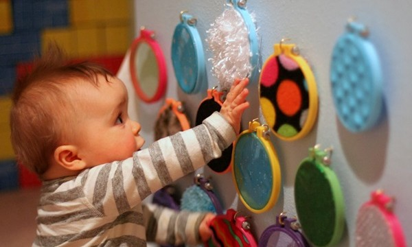 30 Amazing Activities to Keep your 1 Year Baby Busy 24