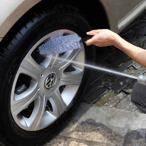 5 Amazing Hacks to Clean you Car 11