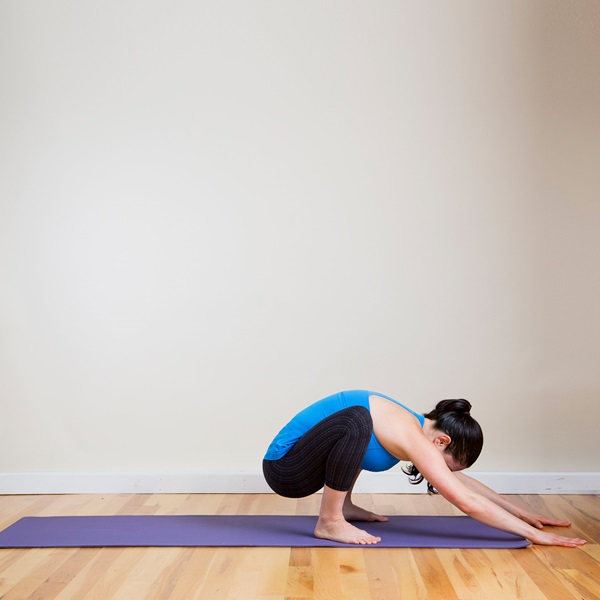 8 Stretches that Instantly Opens your Tight Hips 1