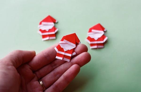20 DIY Christmas Decors on a Budget 8