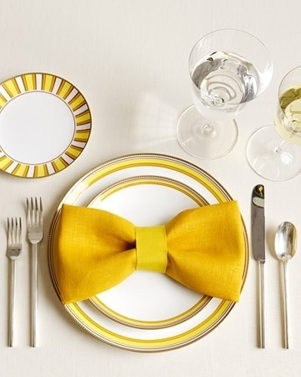 30 Creative Napkin Folding Ideas 1
