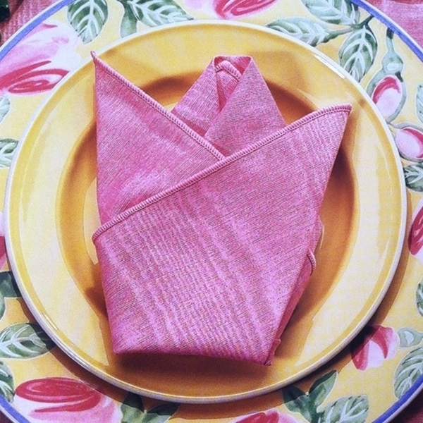 30 Creative Napkin Folding Ideas 10