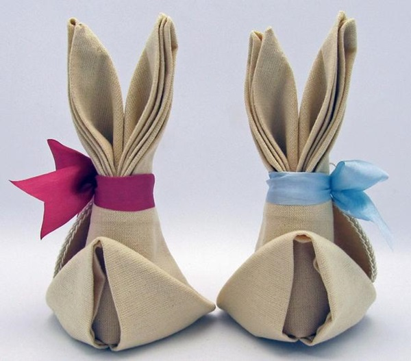 30 Creative Napkin Folding Ideas 18