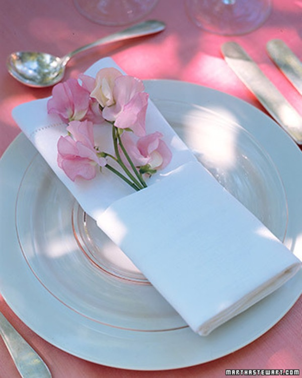 30 Creative Napkin Folding Ideas 4