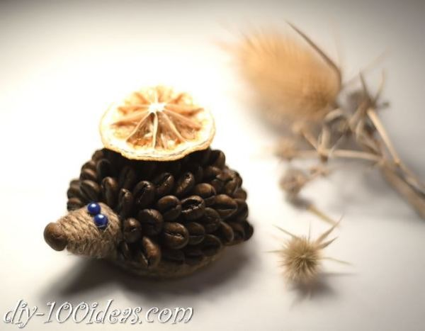 Amazing DIY Coffee Beans Crafts DIY-Coffee-Bean-Hedgehog