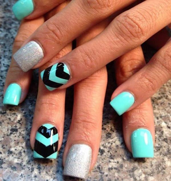 40 Cool and Simple Acrylic Nail Designs 17