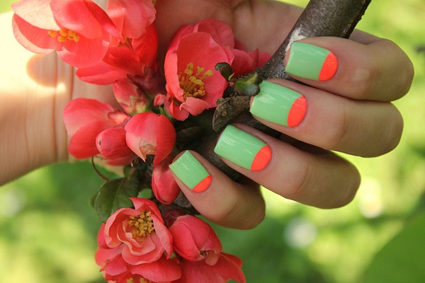 40 Cool and Simple Acrylic Nail Designs 26
