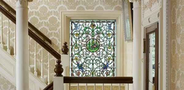 30 Window Glass Painting Ideas for Beginners 4