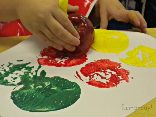 Create Kids Interest in Painting without using Paint Brush 5