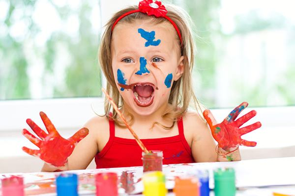 Create Kids Interest in Painting without using Paint Brush Feature Image