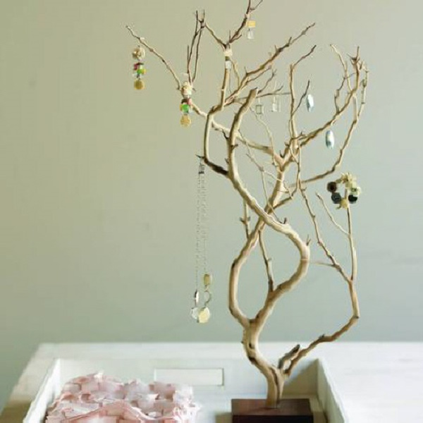 25 Cool Tree Branches Decoration Ideas for Home 1