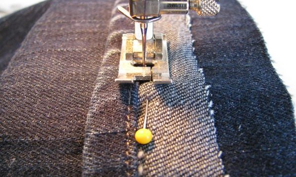 10 Simple and Easy Sewing Techniques for the Beginners Feature Image