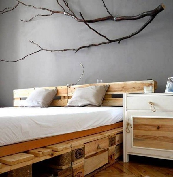 25 Cool Tree Branches Decoration Ideas for Home 12