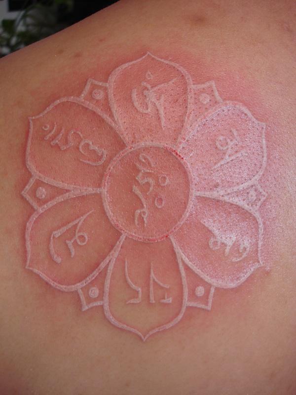 40 Unique yet Attractive Best White Ink Tattoo Designs 7