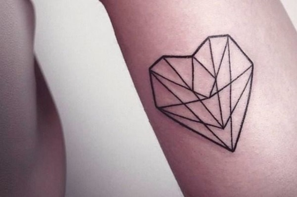 35 Cute and Small Heart Tattoo Designs 1