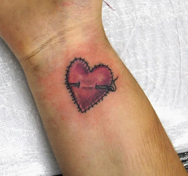 35 Cute and Small Heart Tattoo Designs 21