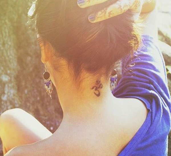 35 Most Attractive Ideas about Back Neck Tattoos for Woman 17