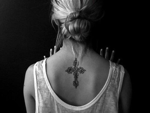 35 Most Attractive Ideas about Back Neck Tattoos for Woman 20
