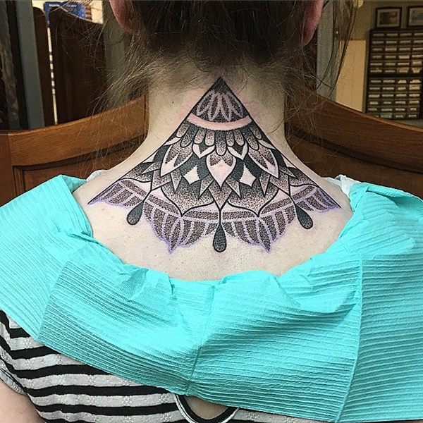 35 Most Attractive Ideas about Back Neck Tattoos for Woman 32