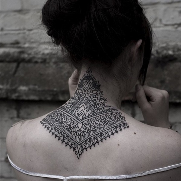 35 Most Attractive Ideas about Back Neck Tattoos for Woman 34