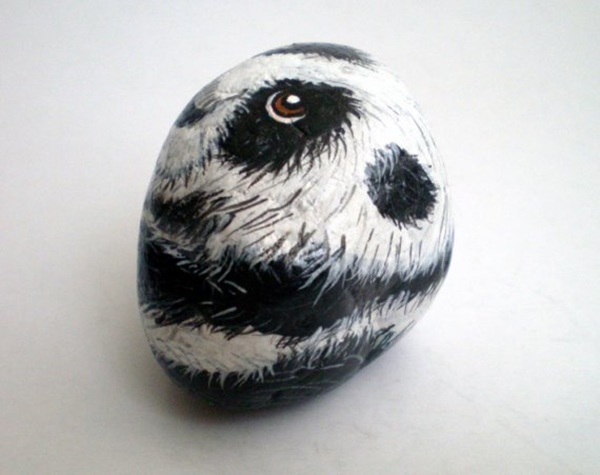 40 Cute Pictures of Animals Painted on Rocks 14