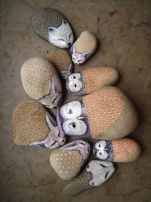40 Cute Pictures of Animals Painted on Rocks 19