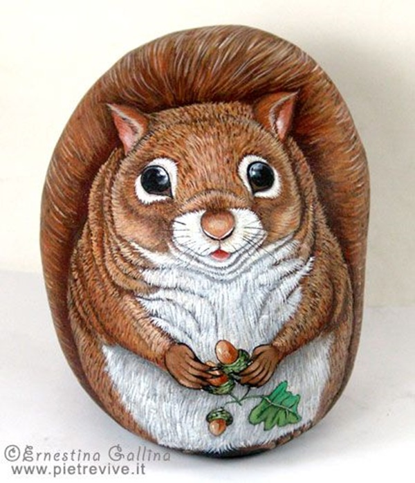 40 Cute Pictures of Animals Painted on Rocks 3
