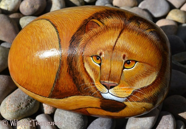 40 Cute Pictures of Animals Painted on Rocks 34
