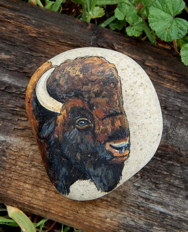 40 Cute Pictures of Animals Painted on Rocks 36