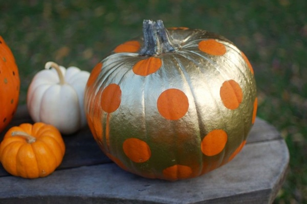 40 Cute and Easy Pumpkin Painting Ideas 1