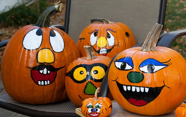 40 Cute and Easy Pumpkin Painting Ideas 22