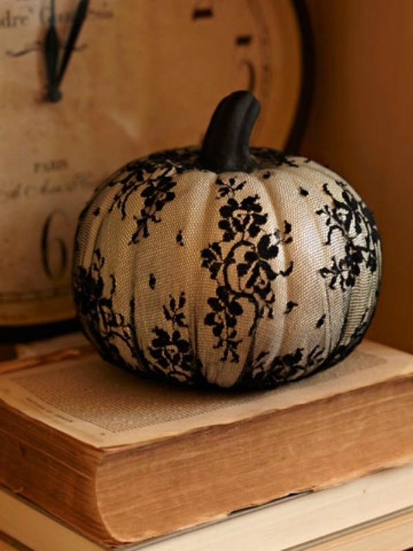 40 Cute and Easy Pumpkin Painting Ideas 30