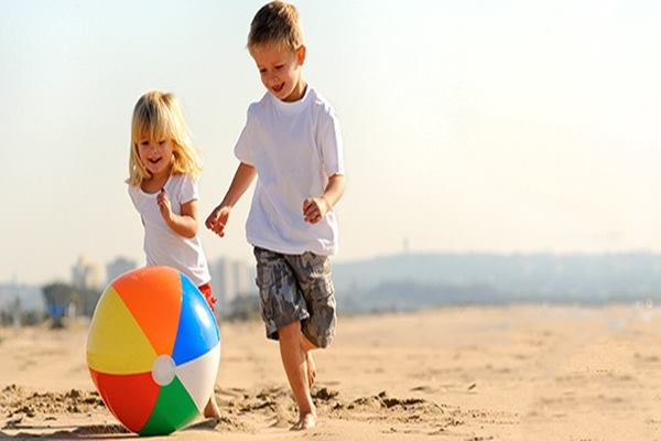 5 Fun Ball Games for Kids to Kill Free Time Feature Image