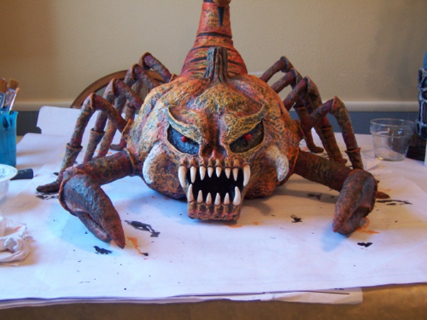10-beautiful-handmade-halloween-paper-mache-ideas-2