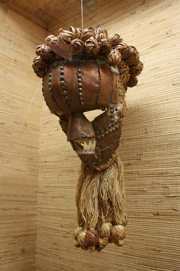 40-great-examples-of-african-tribal-mask-ideas-19