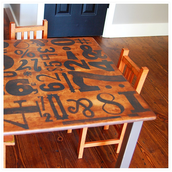 10-cool-diy-play-table-ideas-for-kids-4