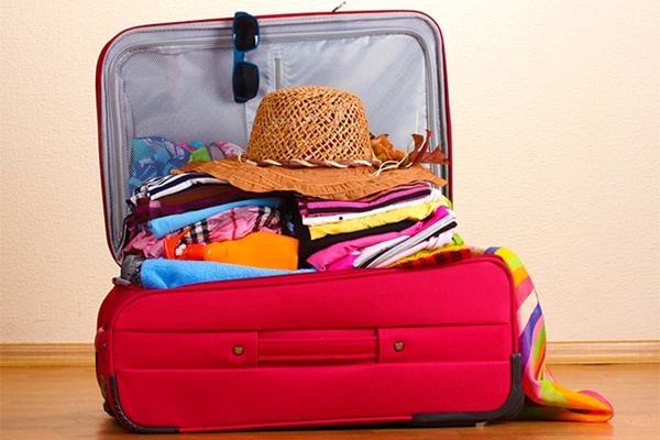 10-things-that-you-must-have-in-your-packing-list-3