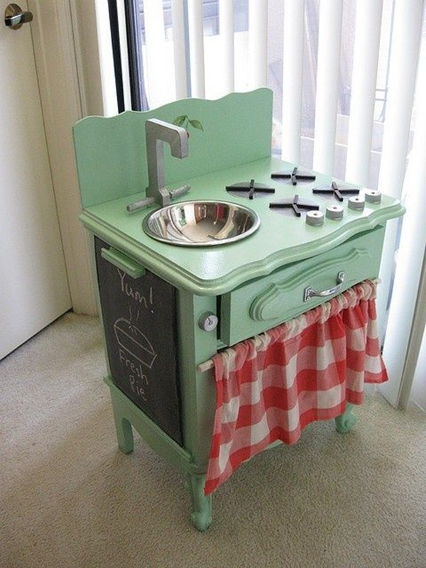 10awesome-diy-play-kitchen-ideas-for-your-kids-8