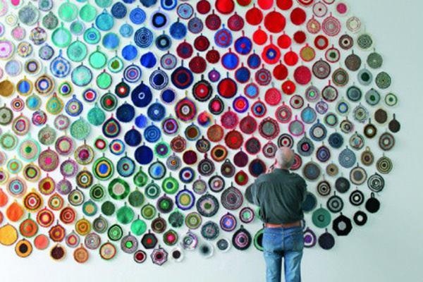 25-beyond-believe-crochet-artwork-installations-feature-image