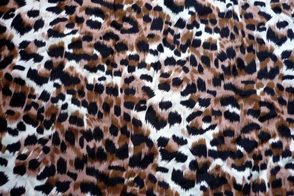 beautiful-illustrations-of-animal-patterns-20