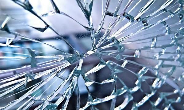 Broken Glass Reusing Ideas feature image